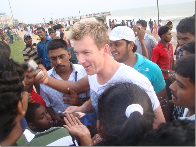 Brett Lee In Colombo With His Fans