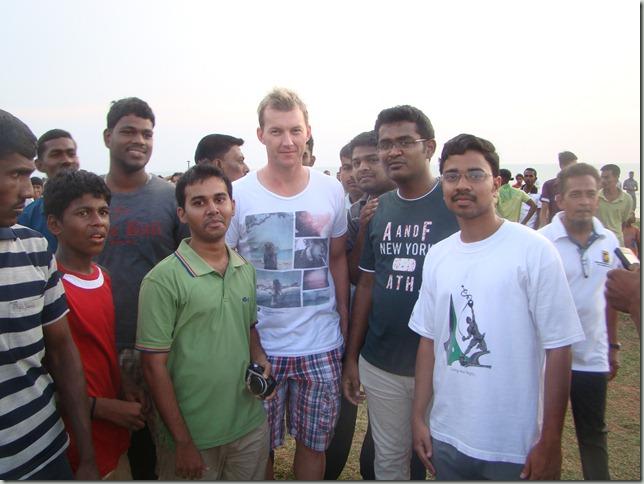 Praveen Kumar with Brett Lee