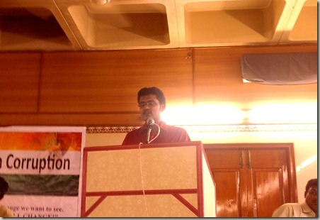 praveen speaking at India Against corruption, Salem